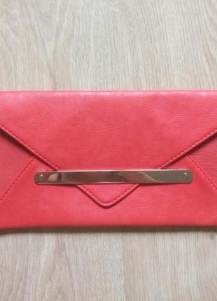 Красный клатч new look!