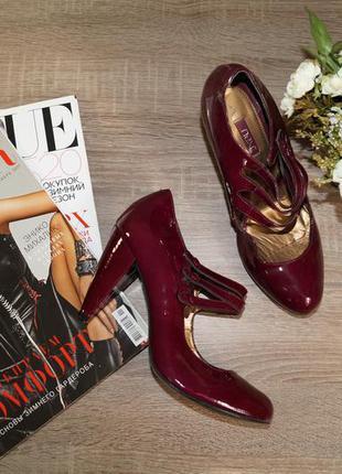 Next! кожа! красивые туфли-лодочки на устойчивом каблуке бордового цвета