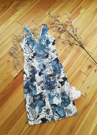 Фирменное цветочное платье