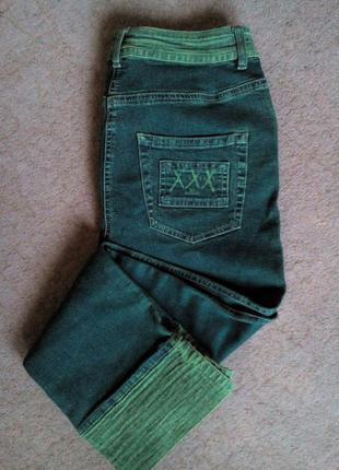 Котоновые джинсы-капри