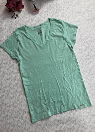 Nike dri - fit футболка мятного цвета . оригинал