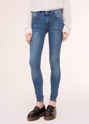 Skynni pull & bear скини джинсы