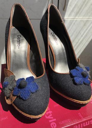 Текстильные женские туфли на высоком каблуке
