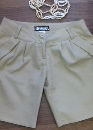 Классные женские шорты