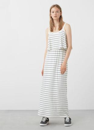 Длинное платье в полоску mango