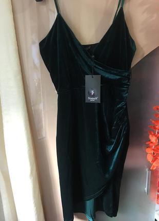 Нереально красивое велюровое фирменное платье тренд сезона!
