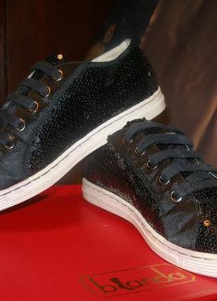 Кроссовки сникерсы москино moschino love, кожаные, оригинал!