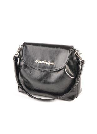 Черная маленькая сумка через плечо кроссбоди глянцевая