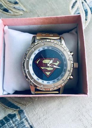 Часы супермен