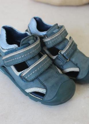 Фирменные летние  туфли натуральная кожа 22р франция
