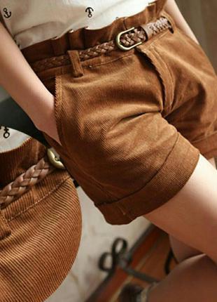 Фирменные короткие шорты шоколадного цвета