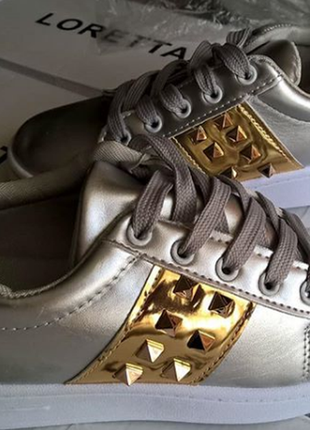 Кросовки ,кеды -тренд сезона !металик +золото,шипы !размер 36 ,стелька 23-23,5