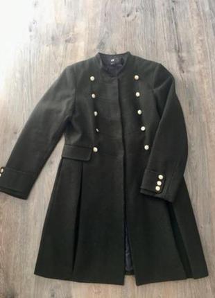 Осеннее фирменное пальто