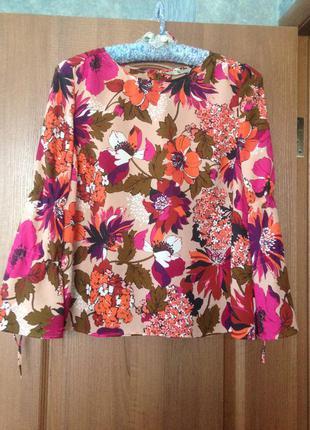 Легкая блуза блузка с красивыми цветами tu р.14 l. заходите и выбирайте.
