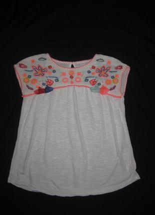 9-10 лет, блузка с вышивкой f&f, вышиванка, можно в школу