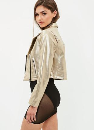 Распродажа!!!!! крутая куртка золото-питон missguided