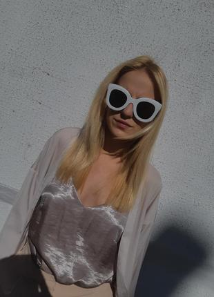 Распродажа! очки в белой оправе!