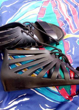 Силиконовые крутые босоножки сандали 38р