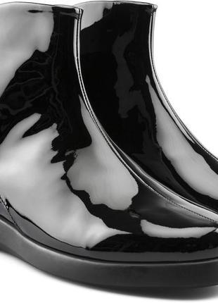 Красивущие ботинки camper полусапожки с бантиками. кожа. чёрный лак us5