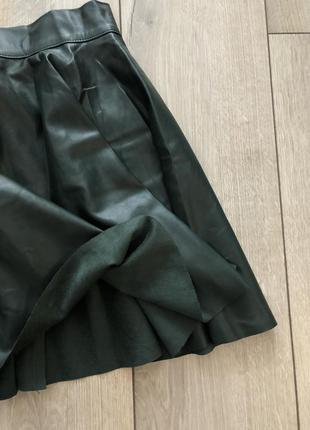 Кожаная юбка свободного кроя от талии