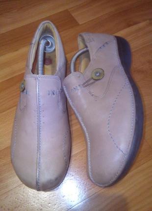 Женские кожаные глубокие туфли комфорт