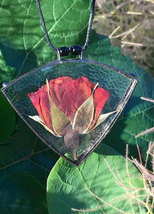 Кулон бутон розы