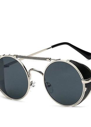 Солнцезащитные очки мужские с боковыми вставками