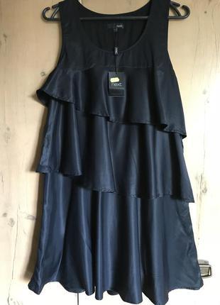 Стильное платье рюши