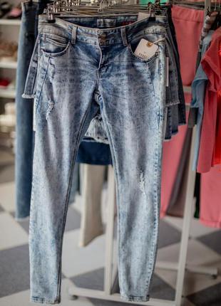 Большая расспродажа!!! классные джинсы скини от house