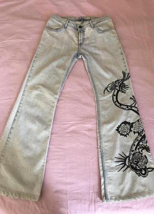 Джинсы с вышивкой и бисером ,турция, размер s (36)