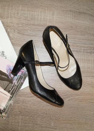 (38,5р./25,5см) autograph! кожа! красивые классические туфли