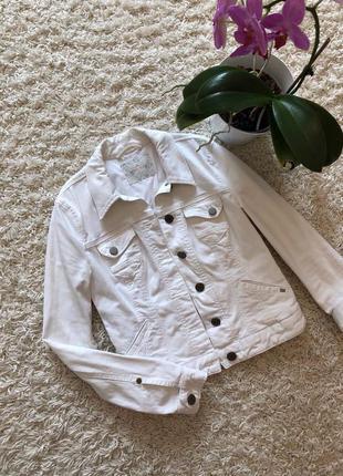 Актуальная белая куртка жакет mexx