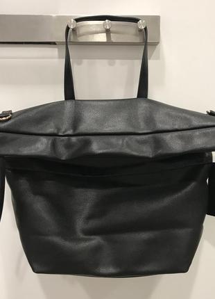 Черная вместительная сумка mohito. большая сумка. кроткая и длинная ручка.