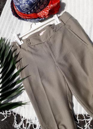 Трендовые брюки jackpot c интересным принтом