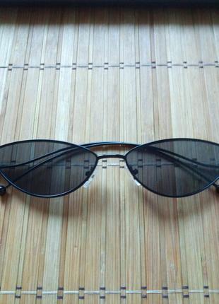 Солнцезащитные очки ( ретро,чёрные,металл)