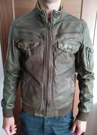 Шкіряна куртка zara/m