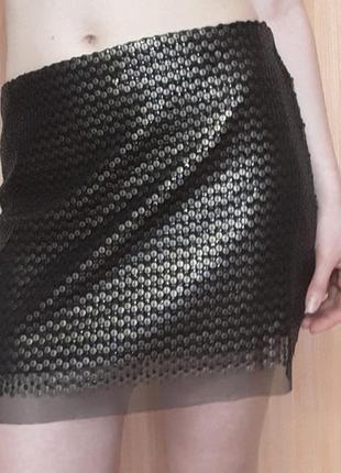 Шикарная мини-юбка в пайетках