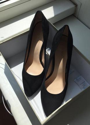 Новые кожанные идеальные чёрные туфли лодочки zara ellenka