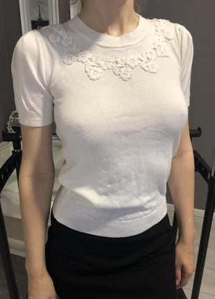 Белая кофта с коротким рукавом
