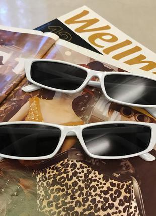 Прямоугольные белые узкие очки sci-fi