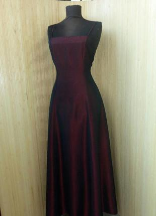 Вечернее классическое бордово красное платье