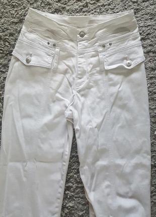 Фирменные,коттоновые,супер комфортные джинсы  lafei-nier