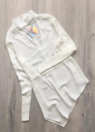 Блуза асиметричная с чокером missguided