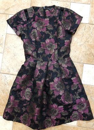 Шикарное платье warehouse