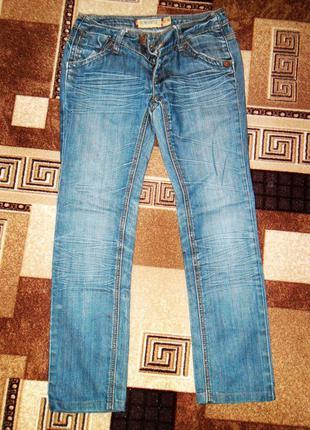 Синие вареные джинсы r.marks