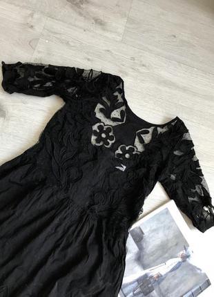 Легкое платье с узором / кружевное платье