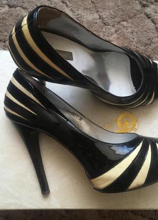 Брендовые туфли на шпильке epiffany, размер 36