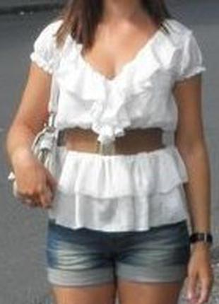 Белоснежная блуза с поясом
