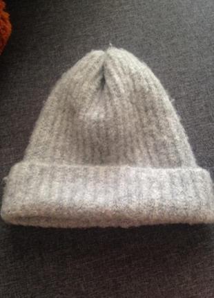 Крутая шапка, головной убор