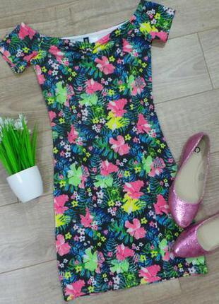 Яркое платье в цветочный принт divided h&m, р-р хs